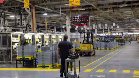 GM to make investments at Tennessee and Michigan factories